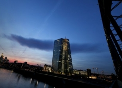 Weaker Euro-Area Inflation Raises Stimulus Pressure on ECB By Bloomberg