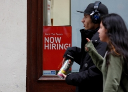 Australian job vacancies edge up 0.6 pct in Aug quarter By Reuters