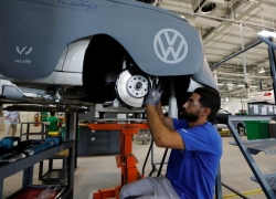 German July Factory Orders Fell 2.7% By Investing.com