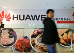 Trump's Huawei Threat Is the Nuclear Option to Halt China's Rise By Bloomberg